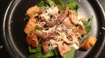 Steak Spinach salad