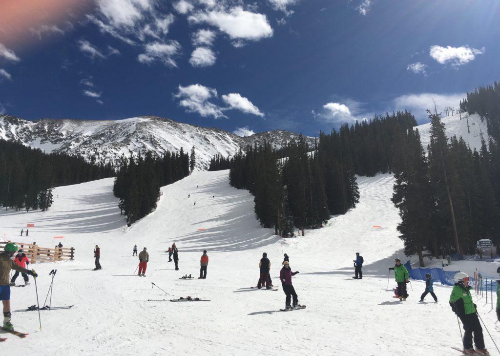 Skiing in Colorado #attColo